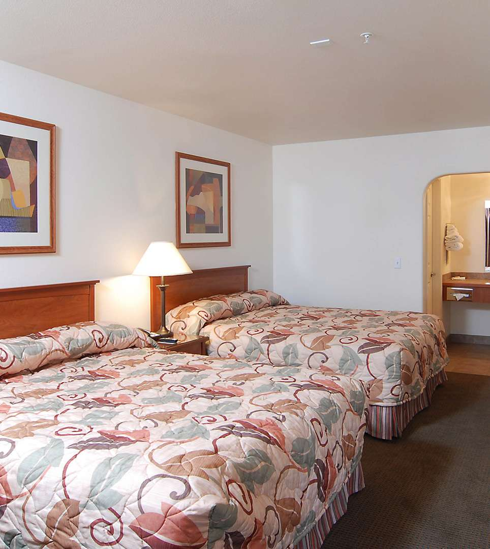 Guestrooms at Premier Inns Tolleson